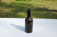 Mycket gammal flaska