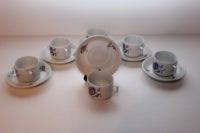 Sex par gamla Arabia kaffekoppar med fat